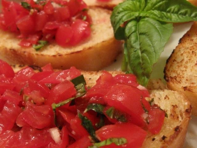Гренки с помидорами от Daily-menu.ru