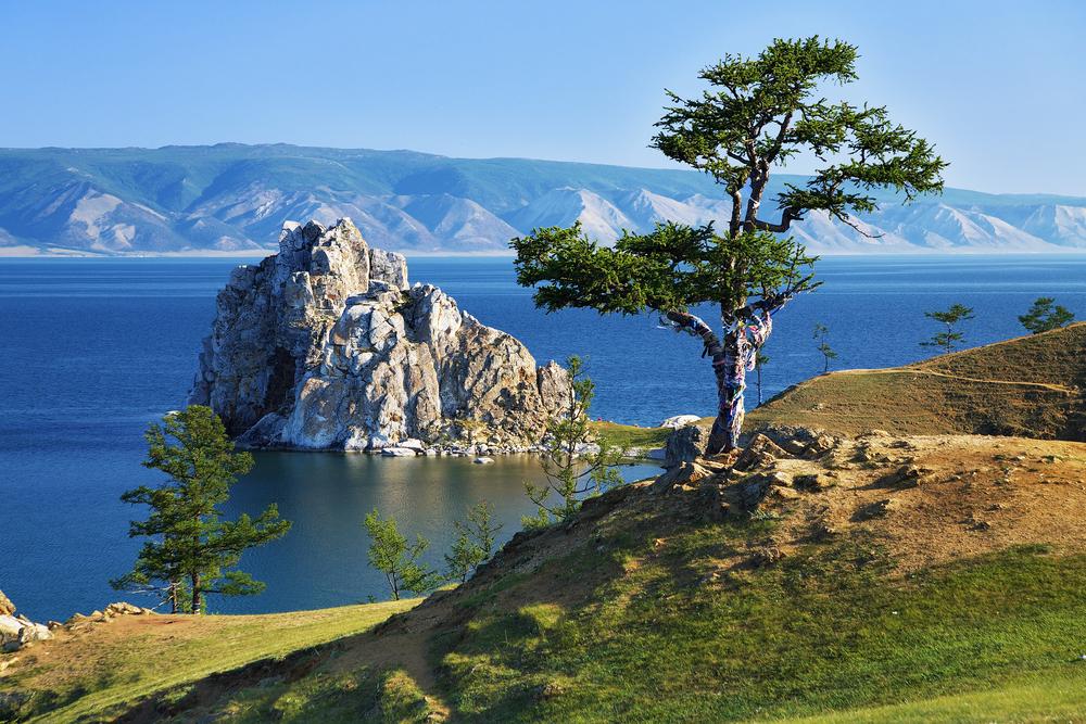 Озеро Байкал: дерево желаний