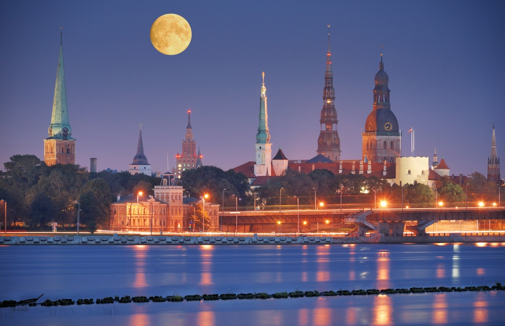 Вечерняя Рига, Латвия