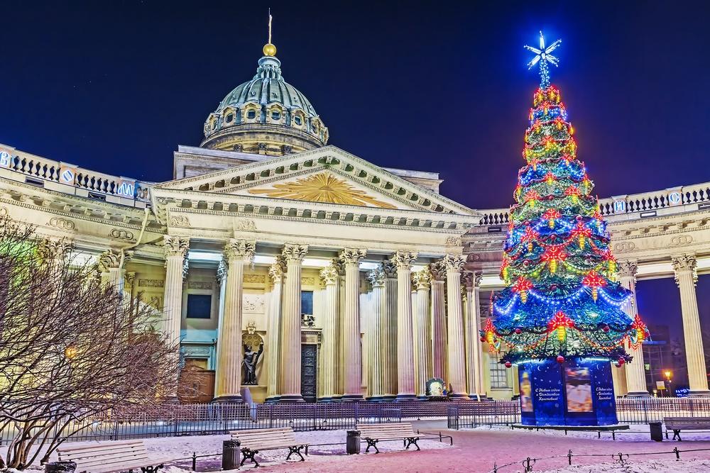 Новогодняя елка у Казанского собора. Санкт-Петербург