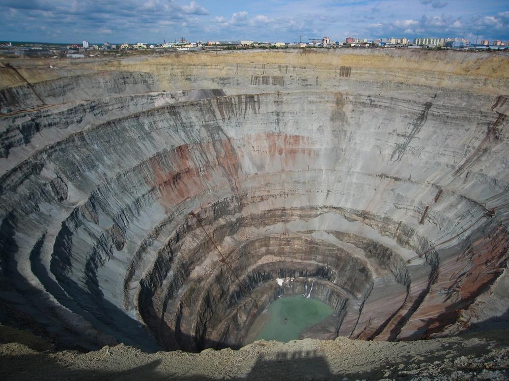 Карьер по добыче алмазов, Якутия