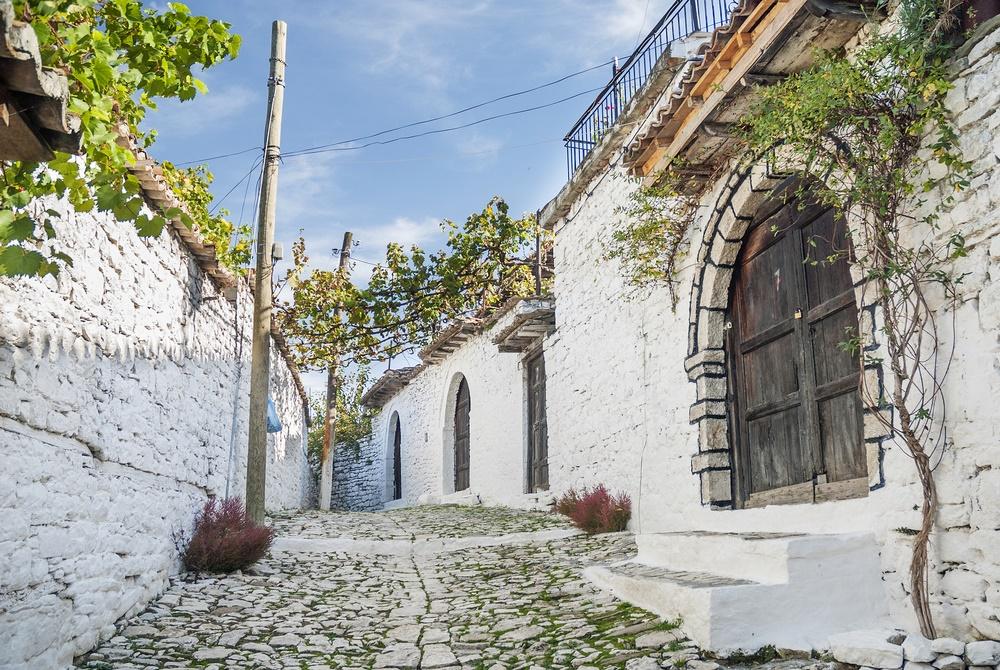 Берат, улочкая старого города. Албания