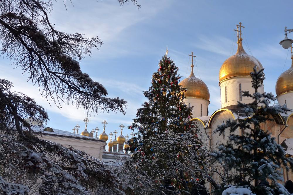Купола церквей Московского Кремля
