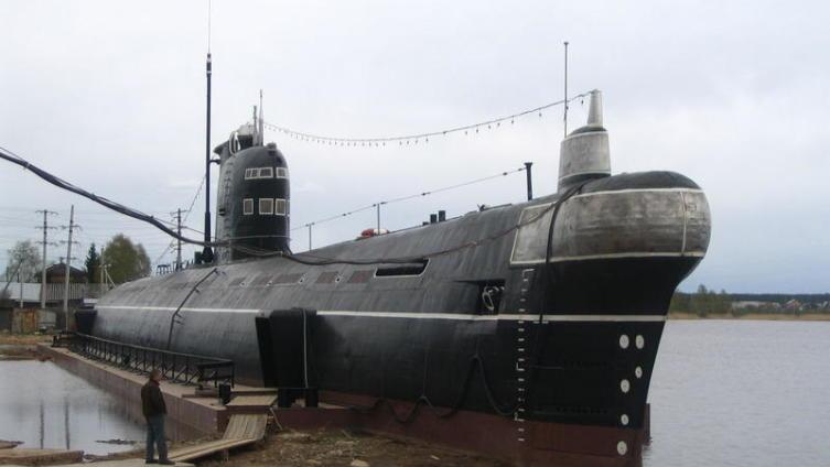 8 октября - День командира надводного, подводного и воздушного корабля ВМФ России