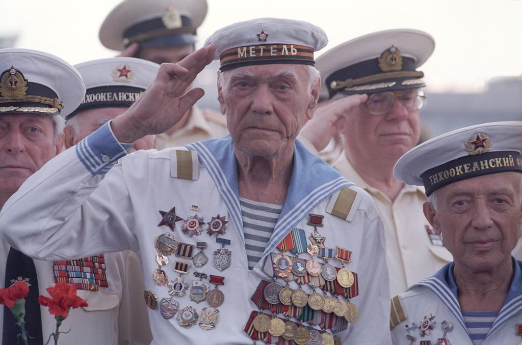 Ветераны Тихоокеанского флота на параде Победы