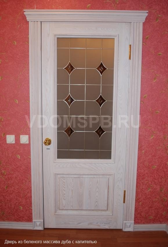 Купить двери из массива сосны или дуба в Санкт-Петербурге