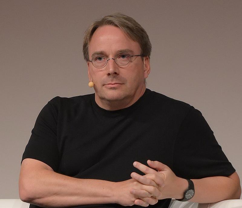 https://www.calend.ru/img/Articles/2019/LinuxCon_Europe_Linus_Torvalds_05.jpg