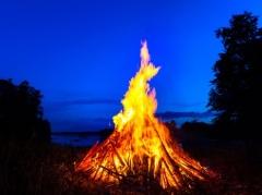 Бургзонндег — Фестиваль огня
