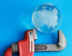 Разработка международных стандартов необходима для полноценного экономического взаимодействия государств (Фото: sheff, Shutterstock)
