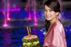 Лои Кратонг в Таиланде