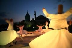 Шеб-и-Аруз (Фестиваль вращающихся дервишей в Конье)