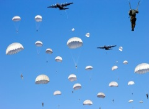 День парашютиста в России