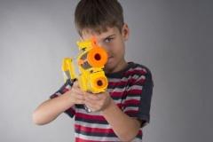Всемирный день уничтожения военной игрушки