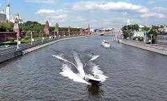 Аренда теплохода по Москве реке: с какой целью можно взять в аренду теплоход?