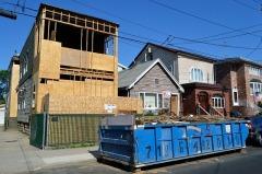 Вывоз строительного и крупногабаритного мусора: к кому обратиться?
