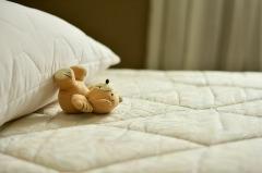 Комфортный сон даже на диване: выбираем тонкие матрасы!