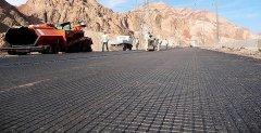 Всегда актуальный вопрос – строительство и ремонт дорог