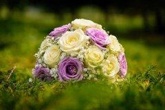 Кому какие цветы подарить?