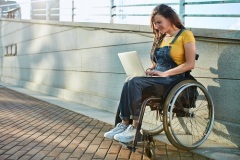 Особенности знакомства инвалидов онлайн
