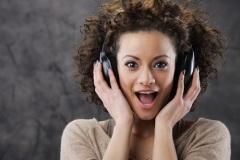 Вся музыка в сети: преимущества слушания и загрузки мелодий и песен в интернете