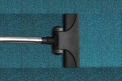 Чистка ковров на фабрике или дома – что выбрать?