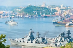 Основан город-порт Владивосток