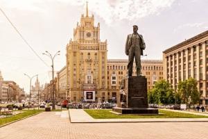 В Москве открыт памятник поэту Владимиру Маяковскому