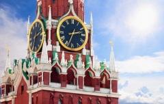 Кремлевские куранты впервые исполнили Государственный гимн России