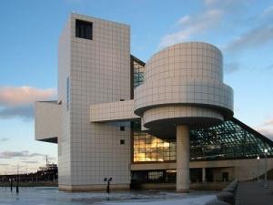 В Кливленде открылся Музей и Зал славы рок-н-ролла