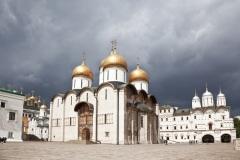 Освящен Успенский собор Московского Кремля