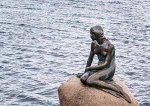 В Копенгагене открыт памятник Русалочке