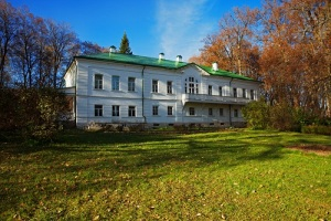 Основан Государственный музей-усадьба Льва Толстого «Ясная Поляна»