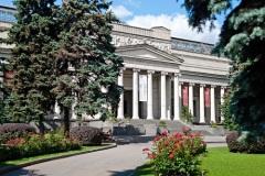 В Москве открыт Музей изящных искусств (сегодня - Государственный музей изобразительных искусств имени А.С. Пушкина)