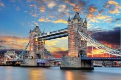 Открыт самый знаменитый лондонский мост — Тауэр бридж