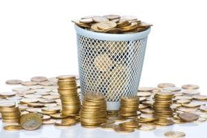 В России произошло обвальное падение рубля по отношению к доллару («черный вторник»)