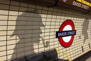 В Лондоне открылась первая в мире линия метро