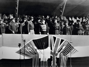 В Берлине состоялся парад союзнических войск стран антигитлеровской коалиции - СССР, США, Великобритании и Франции