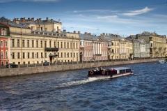 Петр I издал Указ о запрещении каменного строительства по всей России, кроме Санкт-Петербурга