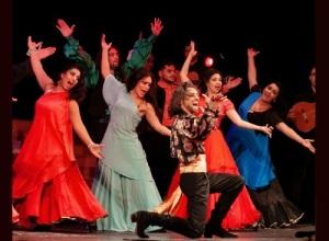 Основан цыганский театр «Ромэн»