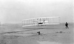 «Отцы авиации» братья Райт испытали летательный аппарат тяжелее воздуха