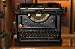Ремингтон начал производство первой пишущей машинки