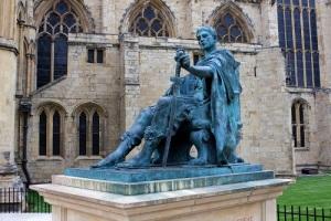 Римский император Константин Великий провозгласил воскресенье днем отдыха