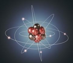 Нильс Бор предлагает планетарную модель строения атома