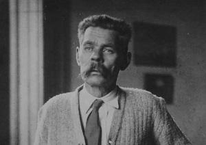 В советских газетах вышла статья-памфлет Максима Горького «С кем вы, мастера культуры?...»