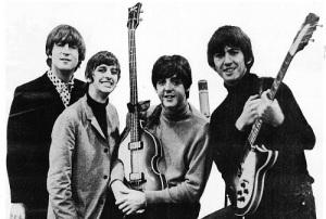 Брайан Эпстайн посетил кафе «Кэверн Клаб», где услышал The  Beatles