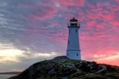 Введен в эксплуатацию первый в Канаде маяк