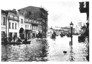 В Москве началось одно из самых больших наводнений в истории города