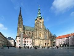 В Праге заложен первый камень собора Святого Вита