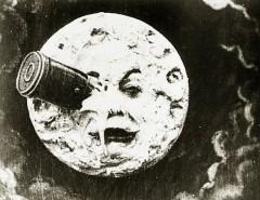 Во Франции состоялась премьера первого в мире научно-фантастического фильма «Путешествие на Луну»