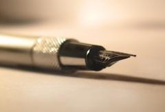Американский изобретатель Джордж Паркер запатентовал свою первую письменную ручку